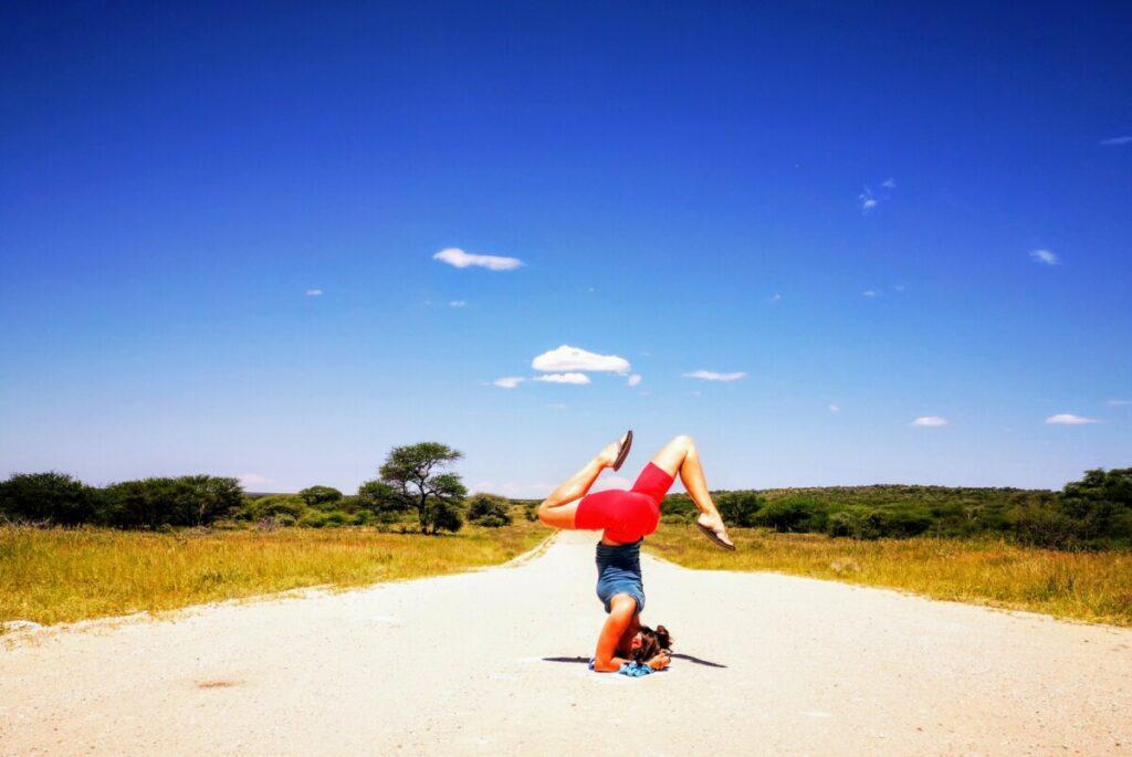 Yoga Pose als uitlaatklep na beroving in Otjiwarongo