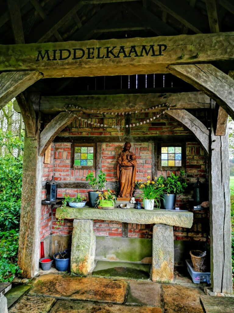Maria kapelletje Middelkaamp - De Lutte Hakenberg