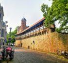 De oude Vestingmuur van de Hanzestad Zwolle