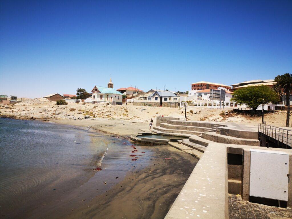 De Haven van Lüderitz nabij Spookstad Kolmanskop