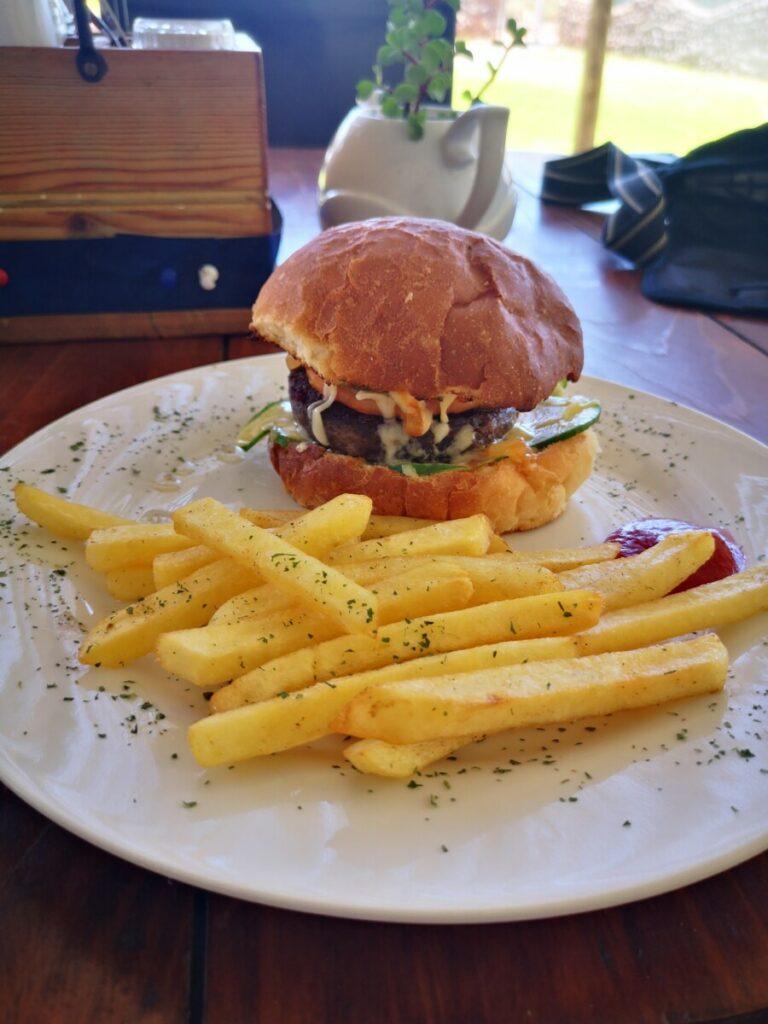 Onderweg een Oryx hamburger eten bij Betta