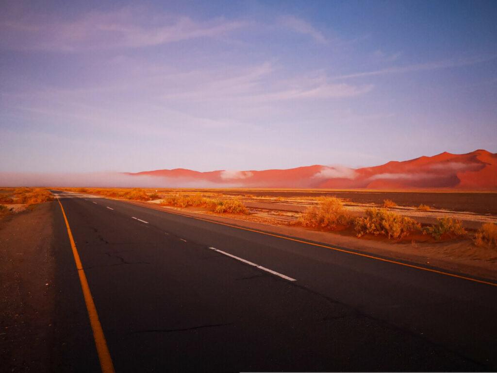 Op weg naar Deadvlei Namibië - Meest iconische plekje van Namibië