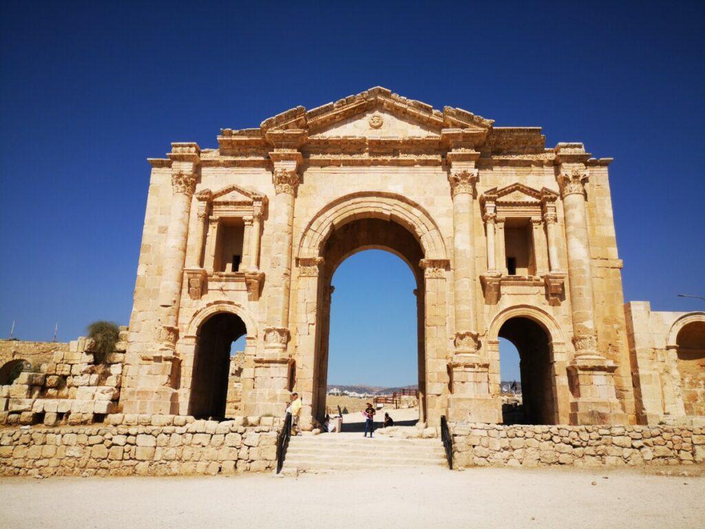 De poort van Hadrian - Ruïnes van Jerash